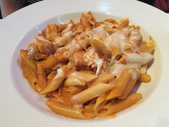Iozzo's Garden of Italy: Baked Penne