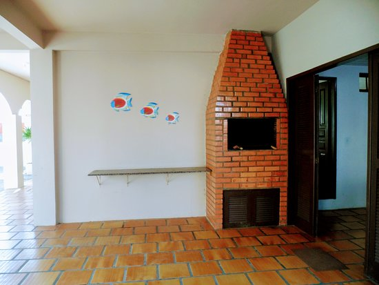 Ingleses residence florian polis brasil opiniones for 30x40 costo del garage
