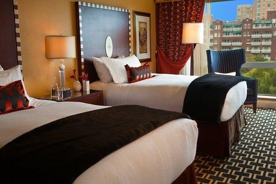 Kimpton Marlowe Hotel: Guest room