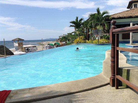 Kahuna Beach Resort and Spa Photo