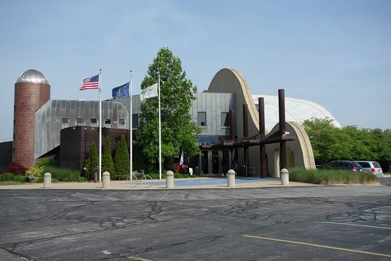 Hammond, IN: Architectural elements represent facets of Indiana