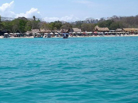 Tours en Islas del Rosario: IMG_20180413_103822124_BURST001_large.jpg