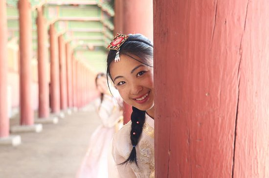 Gyeongbokgung Hanbok Photo Shoot