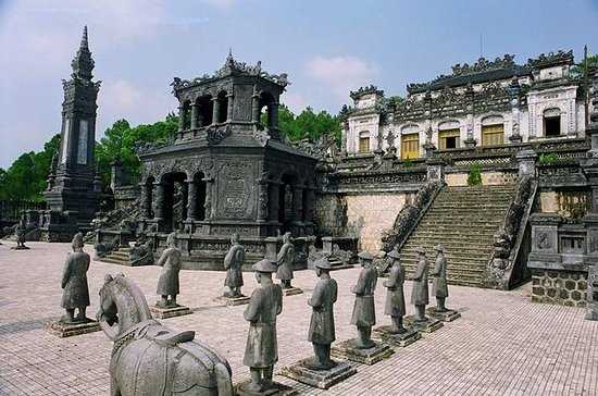 Hue city tour with private english...