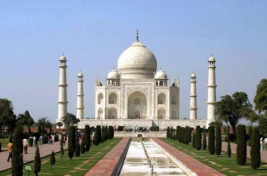 Taj Mahal Sunrise Tour by Private Car...