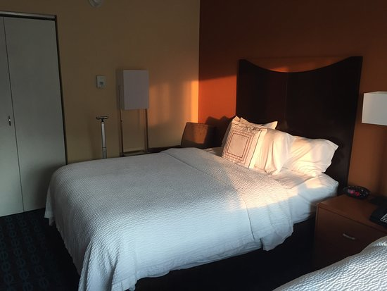Fairfield Inn & Suites Omaha Downtown: In the heart of downtown