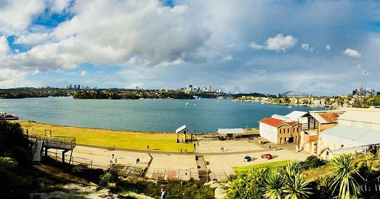 Cockatoo Island, Australia: The view from our apartment - that's a real harbour view
