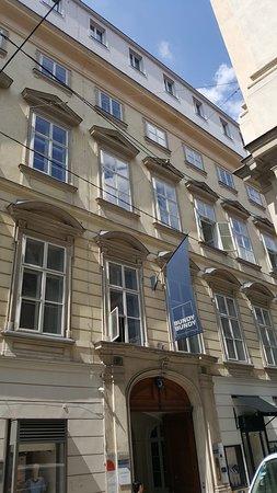 Palais Lambert-Sprinzenstein