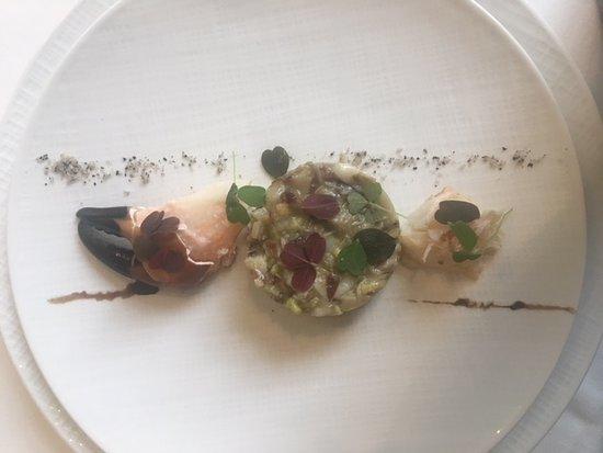 Clairefontaine-en-Yvelines, France: tartare de couteaux