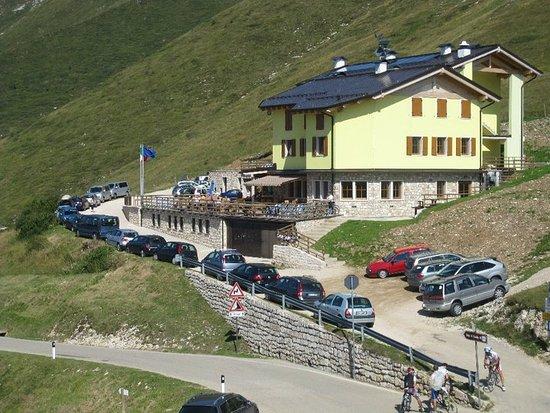 Albergo Rifugio Graziani