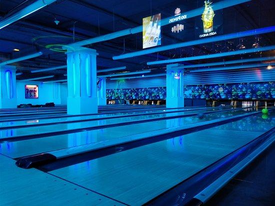 Amoeba Bowling