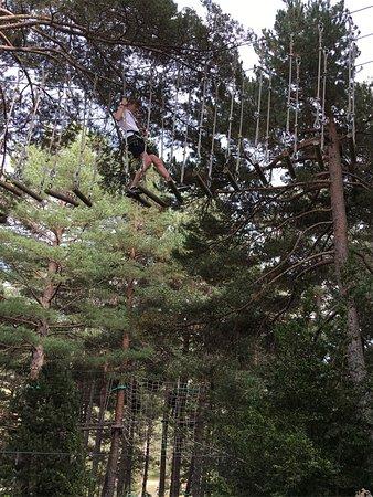 Saldes, Spain: Troncs mòbils al Pedraforca Parc Aventura