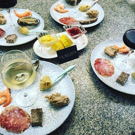 Restaurant et bars à vin La Maison