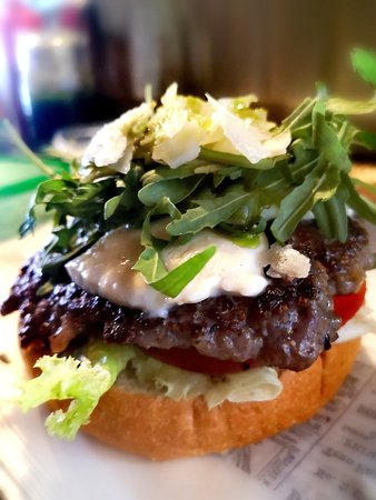 Piantina Fine Fast Food: Burger Italiano