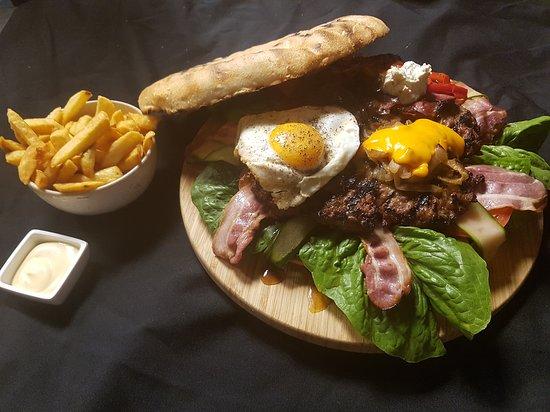 Grill Bar Dommel 18 Eindhoven Binnenstad Menu Prices Restaurant Reviews Order Online Food Delivery Tripadvisor