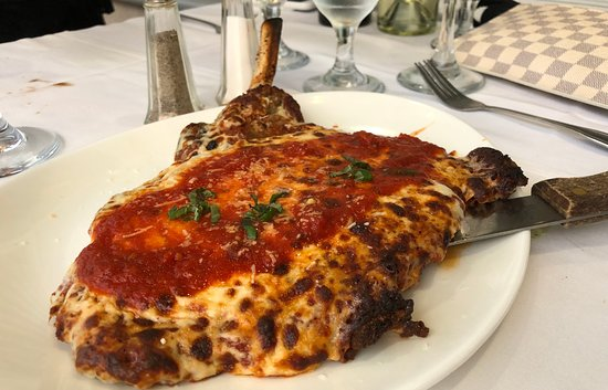 The Red Room Cafe: Veal Cutlet on the bone