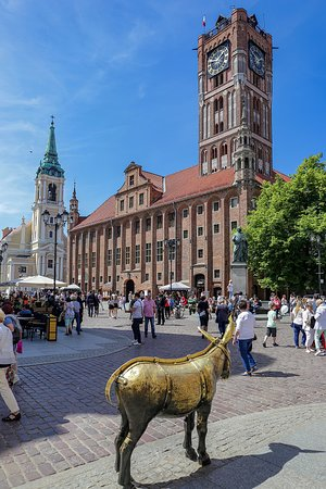 Town Square - Old Town: Old town square with golden donkey