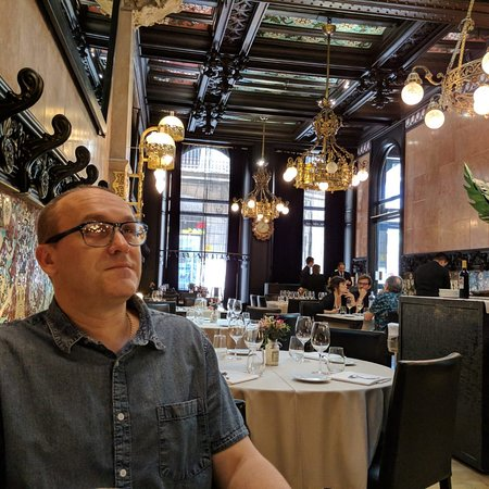 Fonda Espanya Restaurante: Restaurante precioso