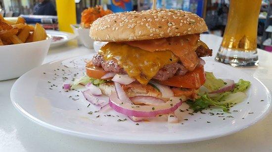 Monkey Grill Burger Bild från Monkey Bar & Grill, Playa de
