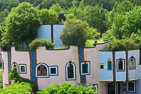 Rogner Bad Blumau: Schöne Häuser