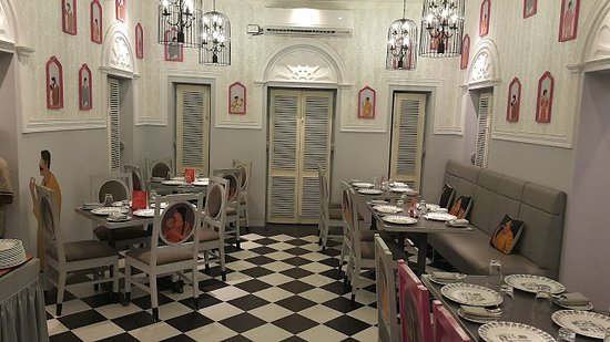 The dinning area of 6 Ballygunge Place