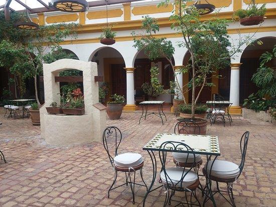 Hotel Casa Margarita Photo
