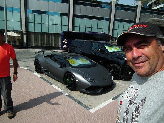 Autos Que Se Rentan En El Hotel Picture Of Atana Hotel Dubai