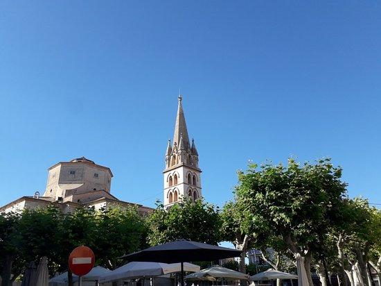 Iglesia de Santa Maria de Robines照片