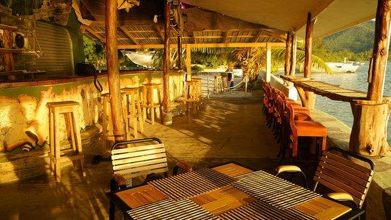 Anse La Mouche, Seychellen: veranda and bar