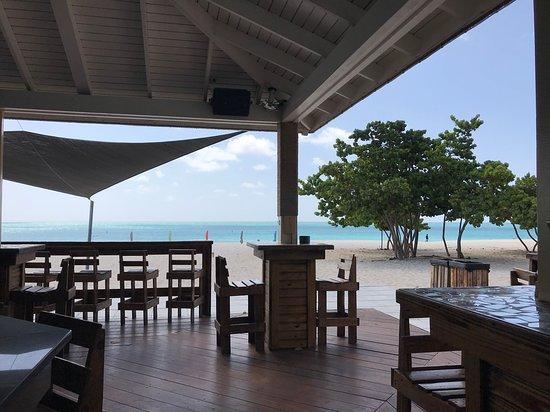 Playa Eagle Beach Chiringo muy chulo Coco Largo