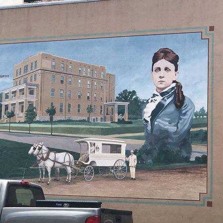 Murals Of Pine Bluff: photo2.jpg