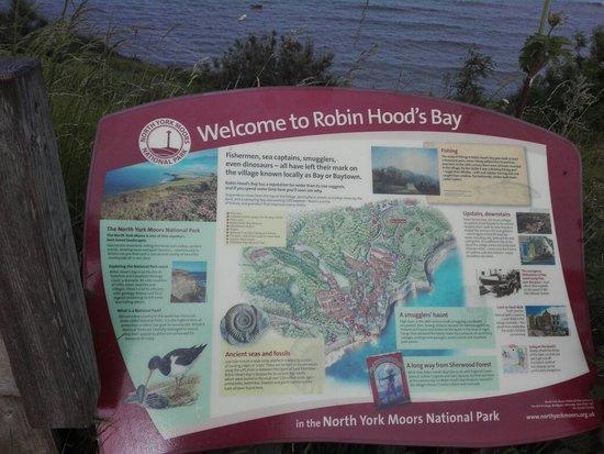 Robin Hoods Bay Beach照片
