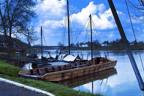Port de Savonnieres