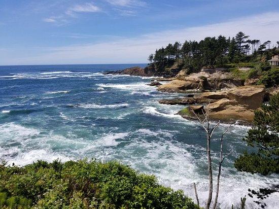 Depoe Bay, Oregon: 20180612_131001_large.jpg