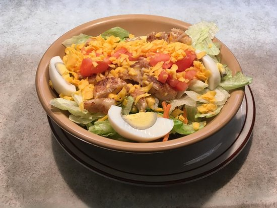 Pekin, IL: Chef Salad with slow cooked, grilled Chicken!
