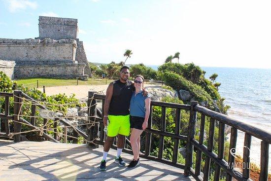 图卢姆在日出和两个Cenotes照片