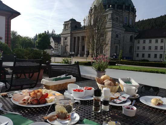 Sankt Blasien, Germany: Breakfast with a view!