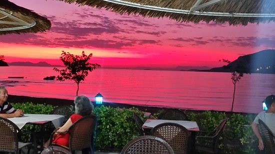 Plataria, Yunanistan: Το Λιθινο