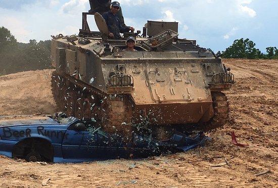 Tank Town USA: Crunch!