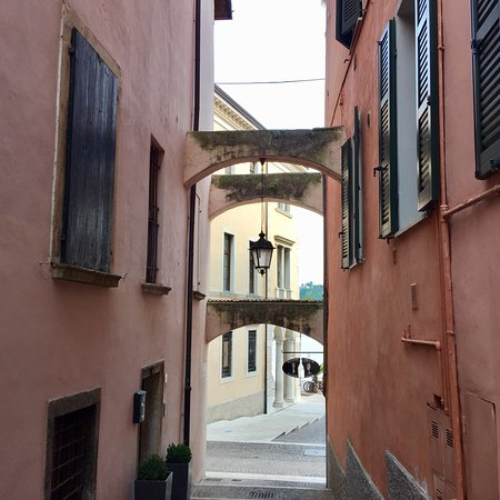 Side streets close to the Palazzo