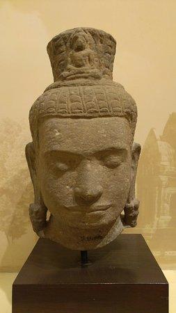 Lopburi Province, Thailand: Buddha statue