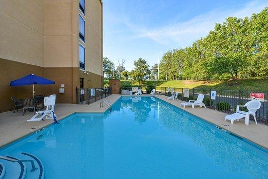 Antioch, TN: Pool