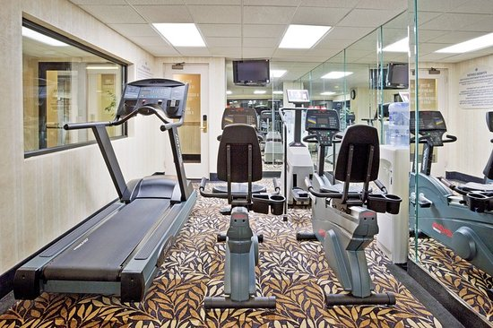 Farmington Hills, MI: Health club