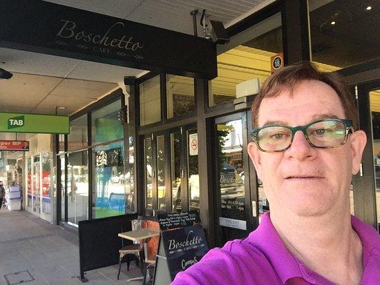 Rockdale, ออสเตรเลีย: on exiting