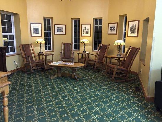 Roosevelt Inn: Lobby