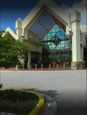 Port Charlotte, Floride : Average mall