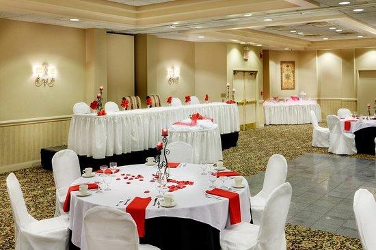 New Hartford, Estado de Nueva York: Ballroom