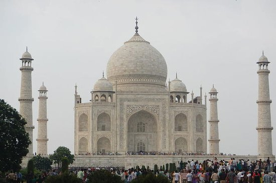 Delhi Agra Jaipur met Udaipur (Lake ...