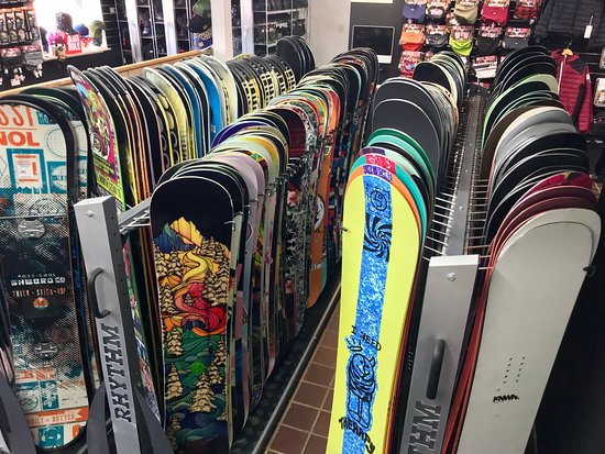 we have a full range of snowboards to hire from beginners to