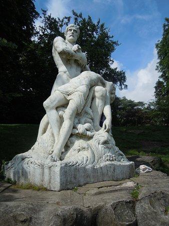 Statue Les Naufrages